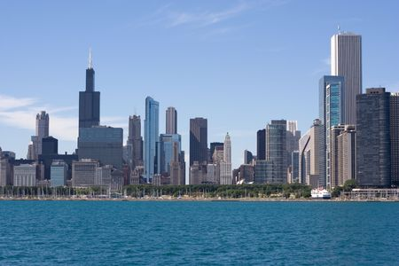 chicago downtown view from lake michigan