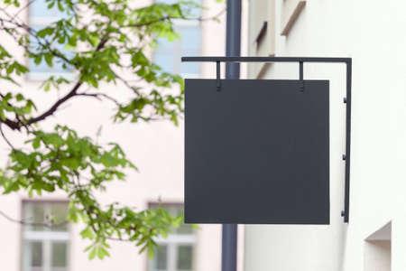 Foto de Black empty outdoor signage mockup to add company logo - Imagen libre de derechos