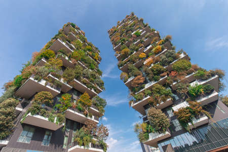 Photo pour Milan, Italy - October 10, 2020: low angle view of the Bosco Verticale towers in Milan, shot is taken in full daylight and no people are visible. - image libre de droit