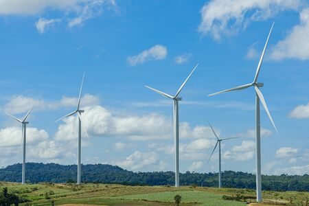 Photo pour Wind turbines generating electricity with  sky background,from wind power for environmental,Clean energy - image libre de droit