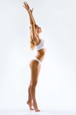 Foto de Fitness woman with a beautiful body - Imagen libre de derechos
