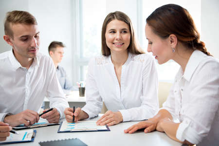 Photo pour Business people working together in the modern office - image libre de droit