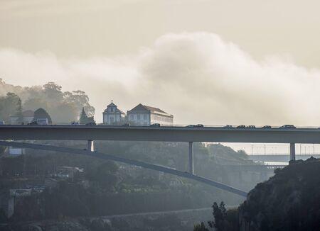 Photo pour Infante Bridge, Porto, Portugal - image libre de droit