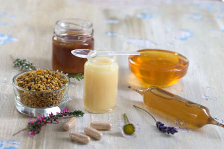 vitamins and nutritional supplements, organic honey bee products