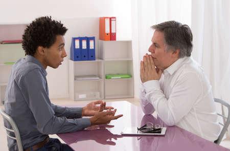 jobb interview two men talking