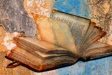 Foto de ancient torah over cracked paint concrete wall texture background - Imagen libre de derechos