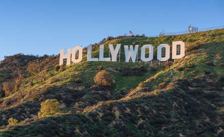 Foto de HOLLYWOOD - CALIFORNIA FEBRUARY 24, 2017: The Hollywood sign, built in 1923, is world famous landmark and American cultural icon on Mount Lee - Imagen libre de derechos