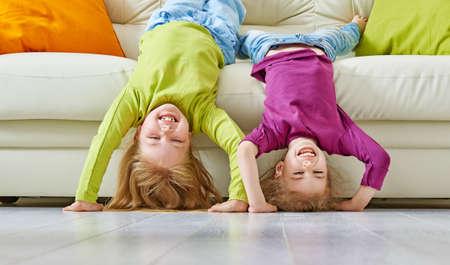 Foto de happy friends having fun together - Imagen libre de derechos