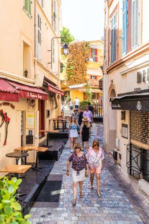 Photo pour Cannes France. June 15 2019. A street scene in Cannes in France - image libre de droit