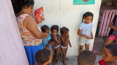 Dominican Republic 2017, small children collecting sweets from tourists