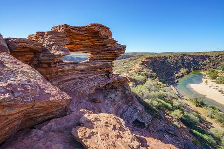 Foto per natures window in the desert of kalbarri national park, western australia - Immagine Royalty Free