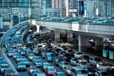 Foto de automobile congestion in the morning rush hour - Imagen libre de derechos