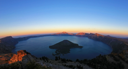 Crater Lake, fisheye view from Watchmans Peak just before sunset, Crater Lake National Park, Oregon, USA