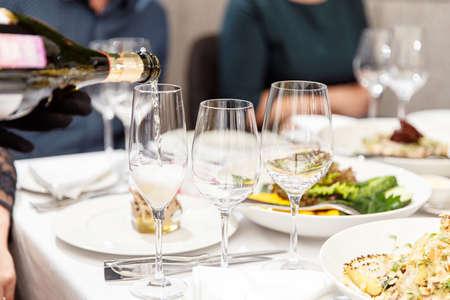 Photo pour Table Dressed Up For Wedding Reception - image libre de droit