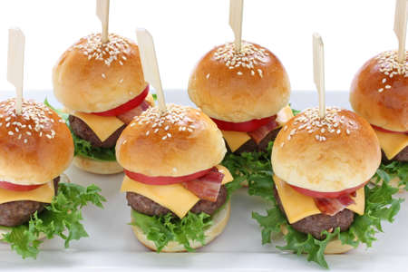 mini hamburgers, mini burgers, party food, finger food