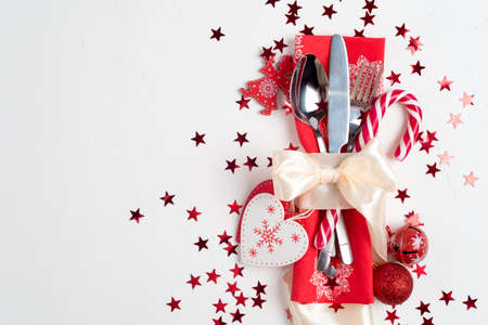 Photo pour Christmas table place setting. Holidays background, top view - image libre de droit