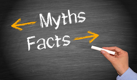 Photo pour Myths and Facts written on blackboard - image libre de droit