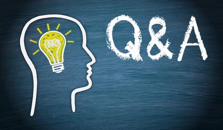 Photo pour Q and A - Questions and Answers - image libre de droit