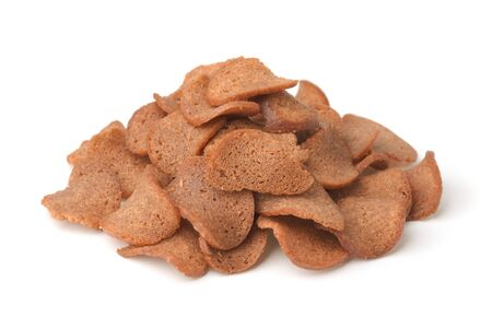 Photo pour Pile of rye bread chips isolated on white - image libre de droit