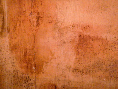 Photo pour The wall of an old house ruined by humidity - image libre de droit