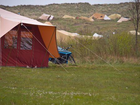 Tenten op camping Stortemelk op Vlieland