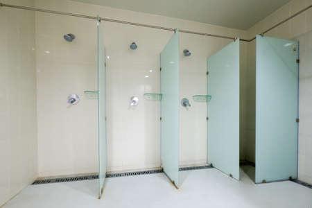 Photo pour Interior of public shower room - image libre de droit