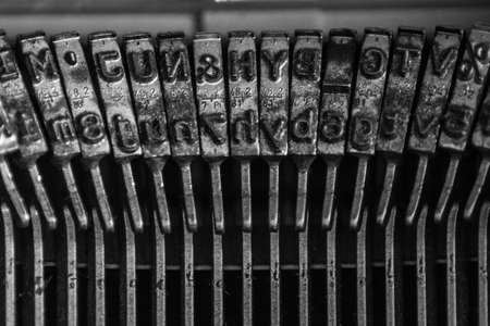 Photo pour Typewriter Close up - image libre de droit