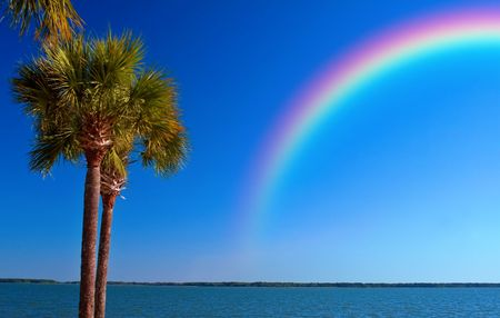Photo pour A rainbow over the ocean off St. Petersburg Beach, Florida after a storm moved though.  - image libre de droit