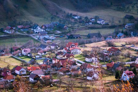 Photo pour aerial landscape over Bran Moeciu village, Transylvania, Brasov, Romania - image libre de droit