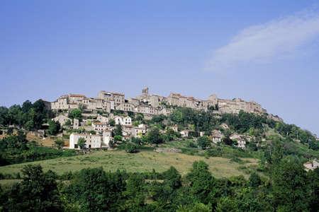 cordes sur ciel village tarn midi pyrenees france eureope eu