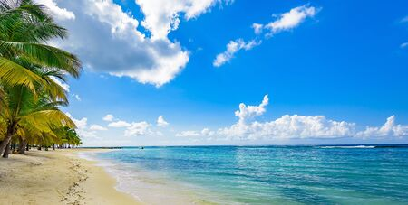 Photo pour paradise tropical beach - image libre de droit