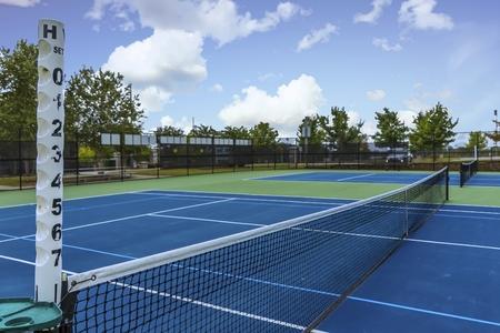 Foto de Tennis Court from Side - Imagen libre de derechos