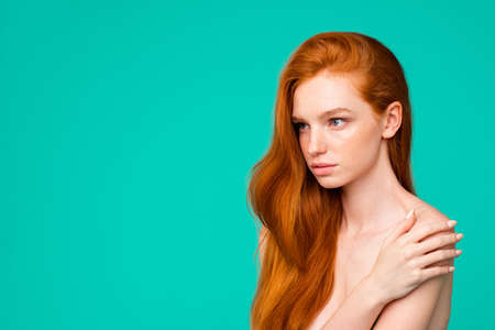 Foto per Portrait of serious nude red-haired girl with pure clean clear f - Immagine Royalty Free