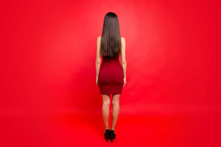 Photo pour Portrait of girl posing back view background. - image libre de droit