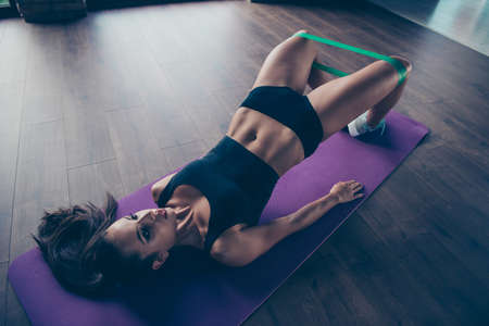 Photo pour Top above high angle view of fitness girl - image libre de droit