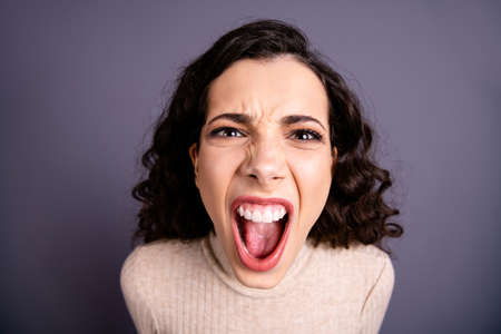 Photo pour Close up photo beautiful wild she her lady yelling loud not fair situation roar I would kill you facial expression open mouth furious crazy mad wear casual pastel pullover isolated grey background - image libre de droit