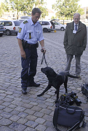 DENMARK / COPENHAGEN .Danish police dog check security journ alists bags and photographer bag and camera before arrival of Nato Secretary Anders Fogh Rasmussen meeting with danish minister for foreign affaris Lene espersen tdoay 31 August 2010