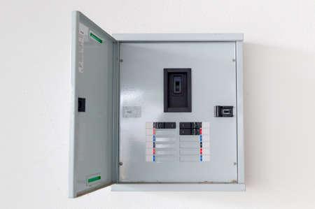 Photo pour electric circuit cabinet on the wall - image libre de droit