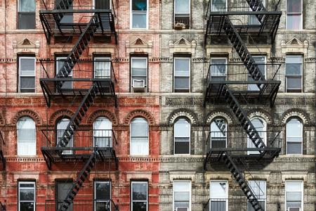 Foto de Old Brick Apartment Buildings in the East Village of Manhattan, New York City - Imagen libre de derechos