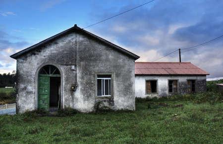 escuela abandonada de santirso