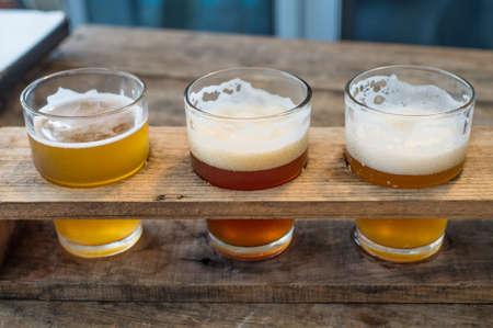 Photo pour Craft beer in the glass - image libre de droit