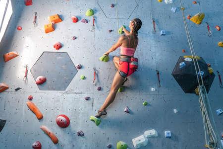 Photo pour Climbing classes in a private sports center - image libre de droit