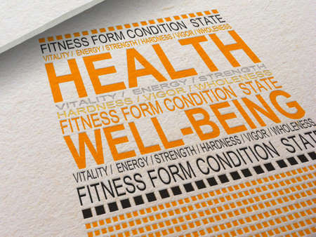 Photo pour The word Health letterpressed into paper with associated words around it  - image libre de droit