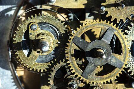 Photo pour Close up metal gears mechanism. - image libre de droit