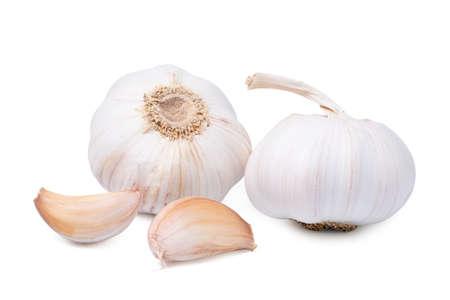Foto für Isolated garlic. Fresh peeled garlic cloves, bulb with garlic slices isolated on white background. clipping path. - Lizenzfreies Bild