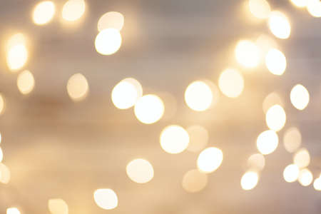 Photo pour unfocused yellow festive Christmas lights - image libre de droit