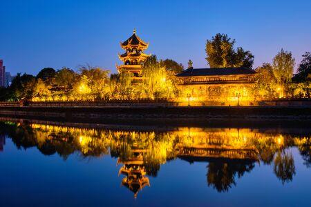 Foto für Wangjiang Pavilion in Wangjianglou park. Chengdu, Sichuan, China - Lizenzfreies Bild