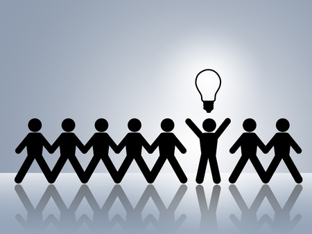 Foto de paper chain figures bright idea brillant idea new innovation - Imagen libre de derechos