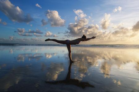 Foto de yoga - Imagen libre de derechos