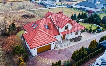 Photo pour Aerial drone view on single family house in Poland - image libre de droit